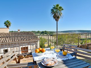 15% OFFER - BOOK NOW - Mallorca town house with terrace sleep 6pax
