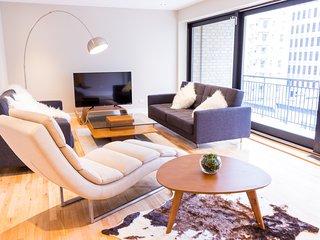 #61-3435 . Vast Apartment in City Centre | 99 Walk Score