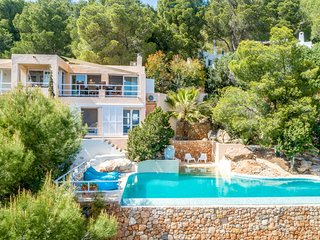 4 bedroom Villa with Pool, Air Con and WiFi - 5791710