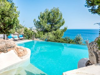 Es Cubells Villa Sleeps 8 with Pool and Air Con - 5791710