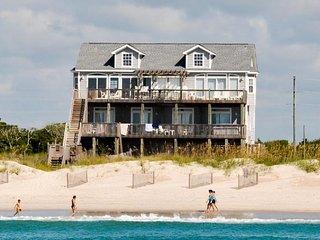 Hampton Colony 612 Oceanfront! | Community Pool, Hot Tub, Elevator, Internet, Ja