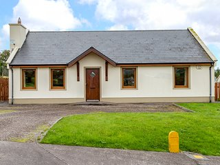 Annascaul, Dingle Peninsula, County Kerry - 5005