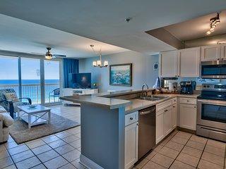 Pelican 16th floor 1 bedroom Condo on the beach - NEW -