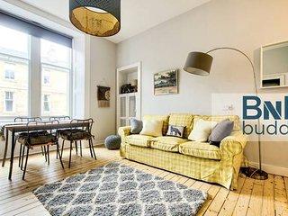 Georgian Apartment in City Centre Local's Favourite Neigbourhood