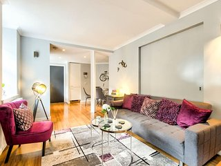 Grassmarket 3 Bedroom Apt - Perfect Old Town Location!