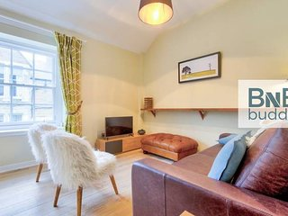 Charming Mews House in the Heart of the City