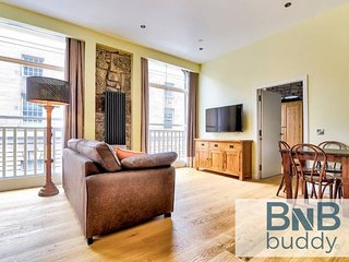 St Giles Street Apartment - Heart of Old Town!