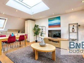 Quiet Mews Street Apartment in the Heart of Edinburgh