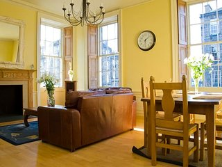 Huge Dublin Street 5 Bed City Centre Apartment S