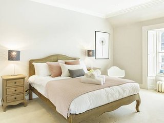 Luxury 2bed Mews House in the City Centre