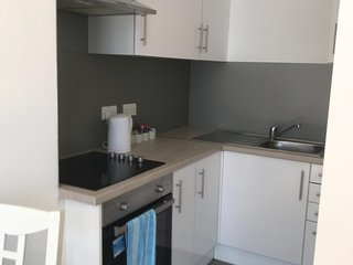 Newly Refurbished One Bed flat in heart of Rochester Easy access to transport.