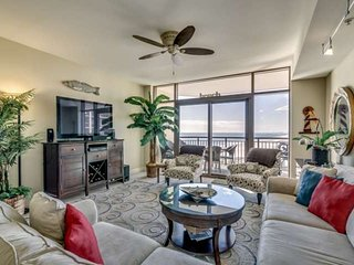 Charming 11th Floor Oceanfront Condo in North Beach Plantation
