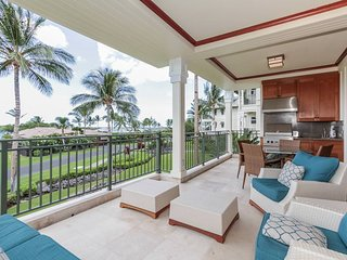 Spacious Modern 3 BR Condo w/ Pool, Fitness Room, Ocean View, BBQ Area, & WiFi