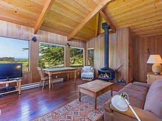 Remote Home near Beach w/ WiFi, Hot Tub, Pool, Tennis & Golf Course Access