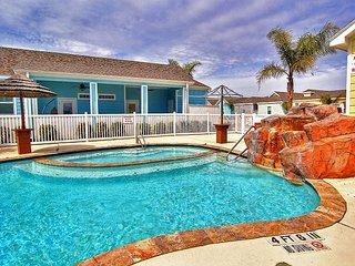 Amazing brand new condo in Pirates Bay! Fabulous lagoon pool!