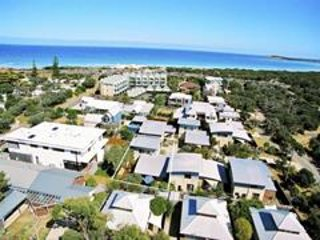 Sweetman Sands - Corporate & Long Term Rental. Ocean Grove.