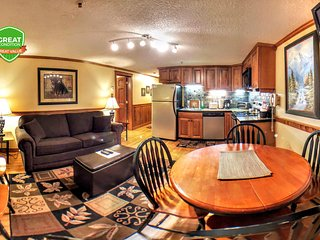 NO BAIT & SWITCH PRICING Includes Parking/Cleaning/Wi-Fi 2BR/2BA Sleep 6 ML278