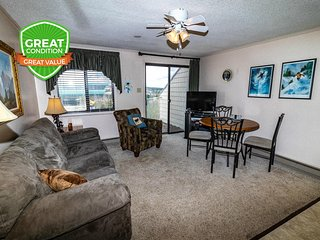 Clean & Cozy | Close to Village & Slopes | Gated Parking | WiFi | ML332