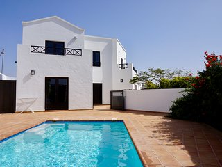 Spacious luxury villa, private heated pool, ideal base for exploring the island