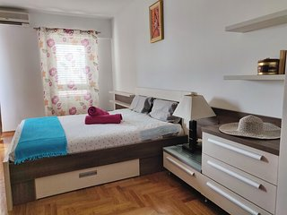 Heritage One bedroom Apartment overlooks the entire city