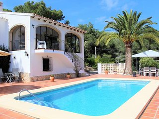 Gorgeous 3 bedroom Spanish Villa with large Private Pool and Views