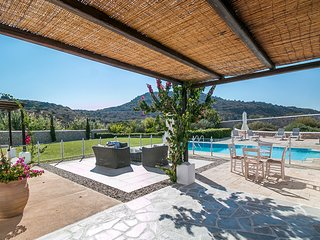 Ladiko Villa Sleeps 8 with Pool and Air Con
