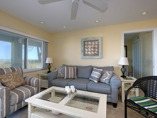 SHELL COVE 4 BEACH FRONT UNIT