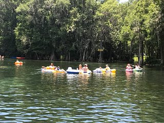Rainbow Springs Retreat with Kayak