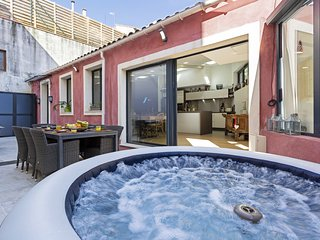 Aura Apartment, con Jacuzzi privado y terraza