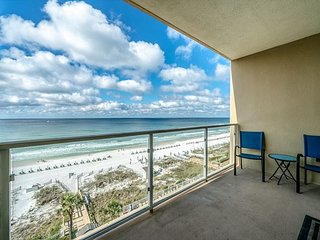 2BR Sterling Sands Gulf Front Condo ~ Best Gulf Views ~ Beach Svce Included!