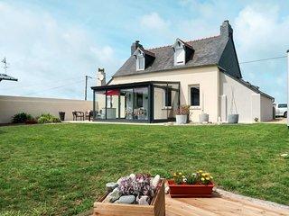 2 bedroom Villa with WiFi - 5792468