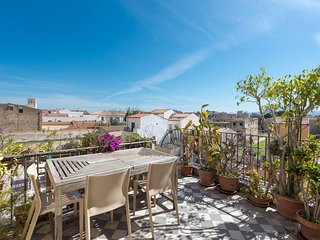Palazzo Castrofilippo Apartment with 2 Terraces by Wonderful Italy