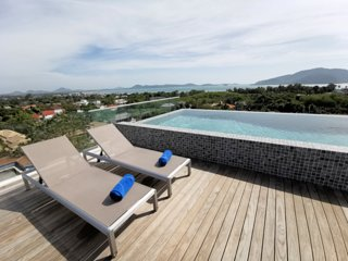 Breathtaking Villa-Rooftop Pool w/ Full Seaview