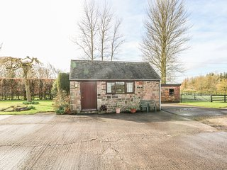 CORDWAINER COTTAGE, Romantic, Remote setting, Bagnall