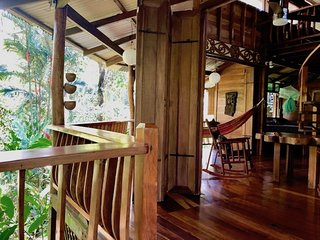 Ranitas Stunning Jungle Hideaway only for nature l