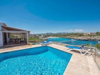Villa Cala Marsal con piscina privada en Portocolom