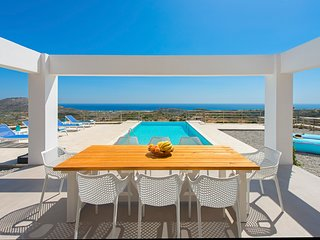 Afantou Villa Sleeps 8 with Pool and Air Con - 5792413