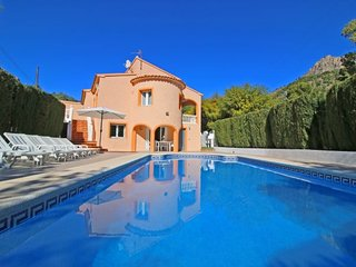 6 bedroom Villa with Pool, Air Con and WiFi - 5792045