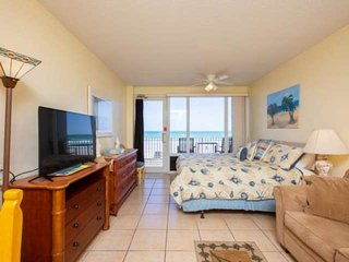 1st Floor Accessible Unit w/ OceanFront 2nd Floor Privt Balcony, King Bed, FREE