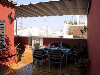Magnifico atico duplex de diseno en la Alameda, centro de Sevilla
