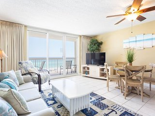 Upgraded 5th Flr Pelican Beach Resort -1 bedroom - On the beach-