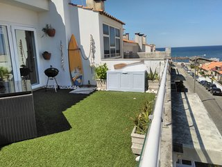 NEW-Vila Chã Beach apartment, with terrace, sea views 2/4 peoples. Snooker table