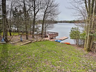NEW-Lakefront Long Pond Home w/2 Decks, Boat &Dock