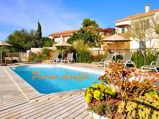 Mini villas piscine chauffee au ceour de Saint Florent en Corse