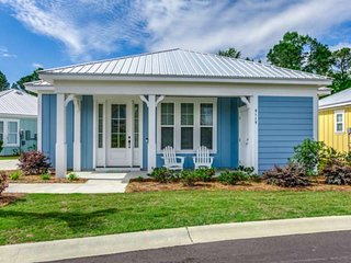Free Tickets to Local Attractions! Cozy Bungalow in Barefoot Resort