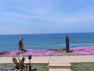 New OceanFRONT *** AC & 2 large parking spots-updated