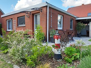 Kleine Fewo bei Leer,Papenburg verkehrsgunstig mit Ausblick auf den Deich