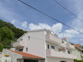 Three bedroom apartment Klis, Split (A-16979-a)