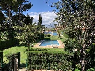 T&H Els Pins Family Apartment