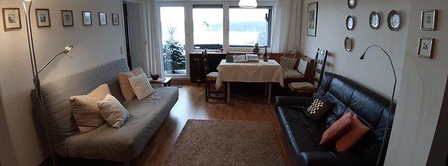 Salón / comedor con balcón y vistas panorámicas.